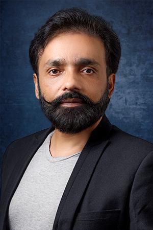 Om Yadav Wildlife and Travel Photographer   Photography Instructor